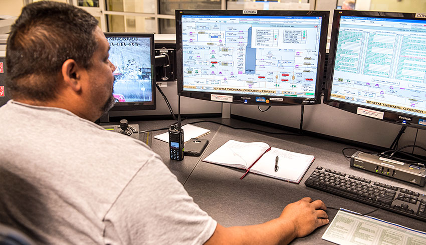 A Control Room operator monitors the initial light-off process of the first Thermal Oxidizer (TOX) unit, part of the Blue Grass Chemical Agent-Destruction Pilot Plant's pollution abatement system.