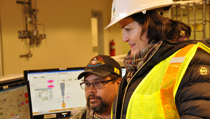Katherine Hammack, Assistant Secretary of the Army for Installations, Energy and Environment, views a monitor in the Control Room during her visit to the Blue Grass Chemical Agent-Destruction Pilot Plant Jan. 13, 2016. Hammack visited the plant to receive an update on chemical weapons destruction in Kentucky.